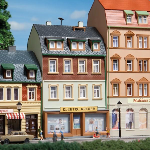 Auhagen 12252 H0/TT-Modellbausatz, Wohnhaus Nr. 3