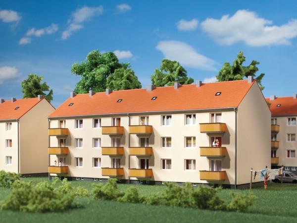 Auhagen 14472 N-Modellbausatz, Mehrfamilienhaus