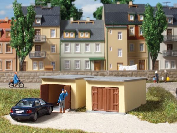 Auhagen 12341 H0/TT-Modellbausatz, Garagen