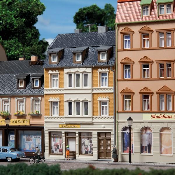 Auhagen 12253 H0/TT-Modellbausatz, Wohnhaus Nr. 4
