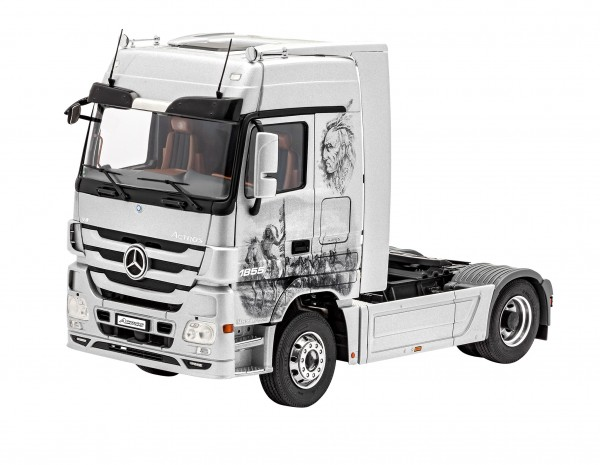 """Revell-Fahrzeugmodell, 07425 Truck-Modellbausatz """"Mercedes Benz Actros MP3"""""""